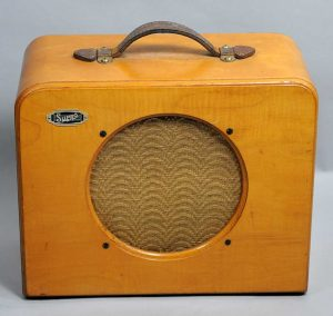 Supro Model 34 Dynamic Amplifier - c.1941